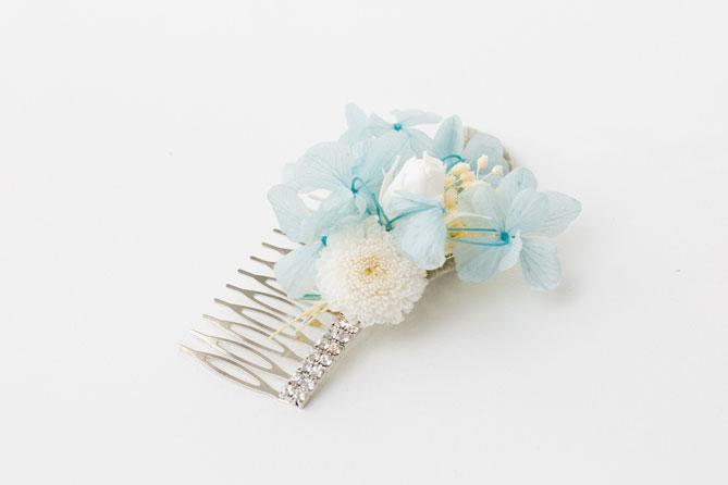 schöner Blumenkamm für die Hochzeit zur Brautfrisur oder zur Dirndl Frisur