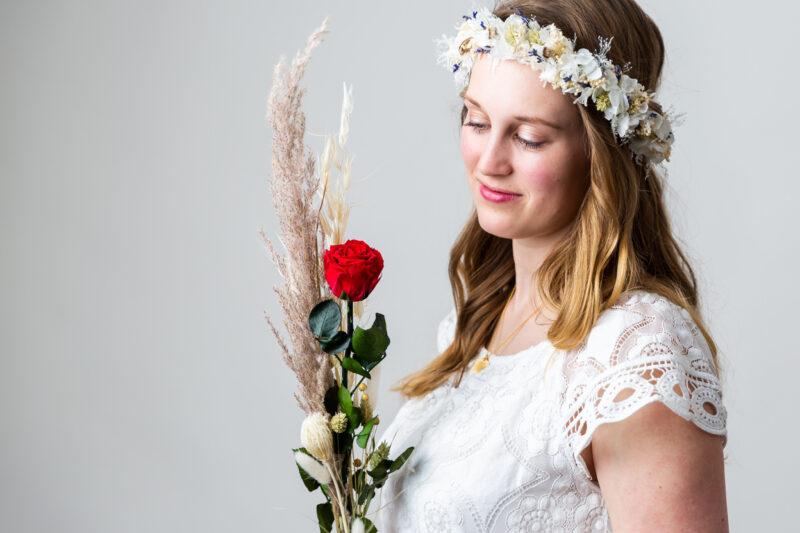 besonderes, langhaltendes Geschenk aus Trockenblumen für die Frau