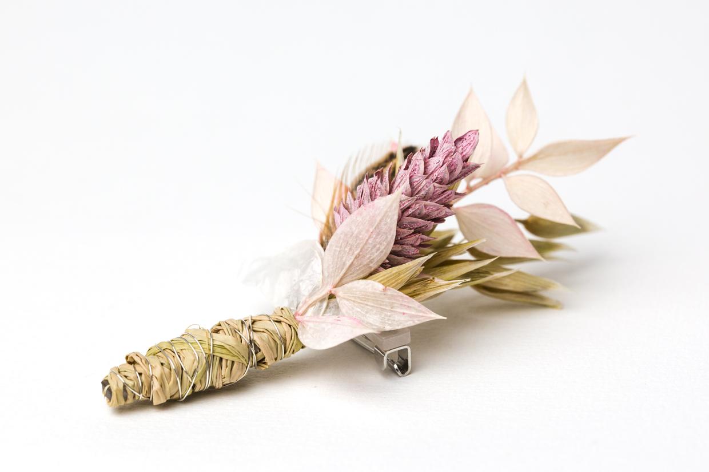 Anstecker dried flowers