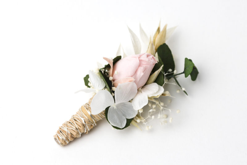 dauerhafter, echter Blumenanstecker für den Bräutigam oder Trauzeugen